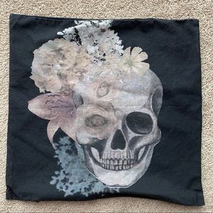 "H&M Home 16""x16"" Floral Skull Pillow Cover"
